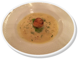 Hvit asparges suppe